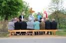 Nabożeństwo majowe i poświęcenie odnowionego krzyża w Wandalinie